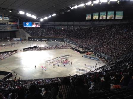 今年も盛大に開催!北海道日本ハムファイターズファンフェスティバル2013、エンディングは選手一同の整列から。